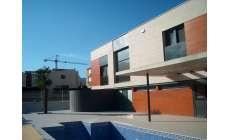 Habitatge unifamiliar aïllat a Sant Carles de la Ràpita -
